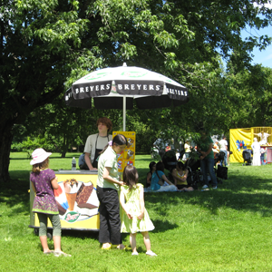Breyers ice cream cart at the Teddy Bear Picnic